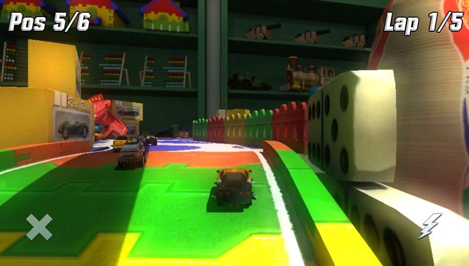 Ne surtout pas se fier aux screenshots de la PS Vita, ceux pour ce jeu sont immondes...